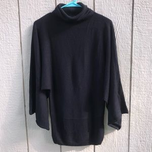 BCBG Maxazria black acrylic sweater size small